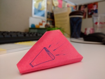 Three-dimensional Post-it piece